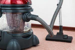 vacuum cleaner 657719 1280 300x200